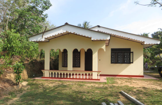 3 Bedroom house in Miriswatta for sale
