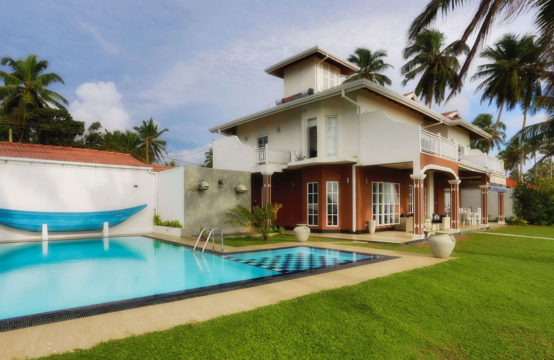 Picturesque four bedroom villa for sale