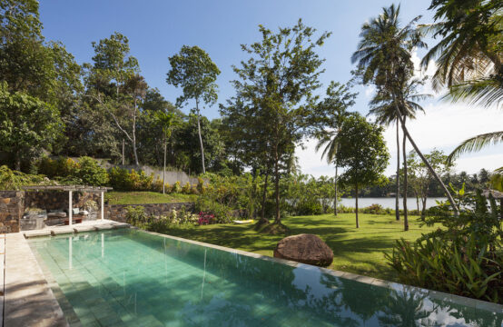 Private villa for rent on a peaceful lake