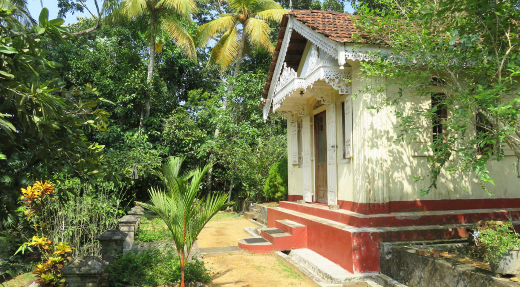 sri lankan style house with a tea plantation for sale