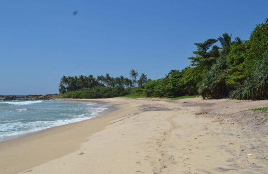 Beach front villa for sale