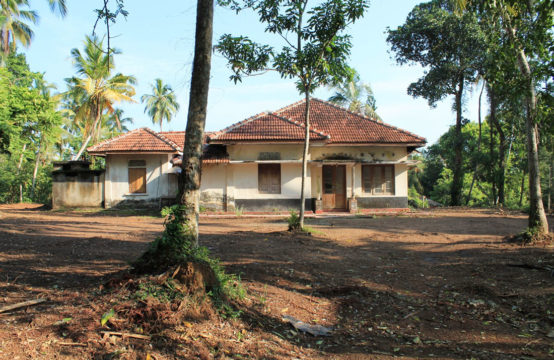Perfect renovation project close to Induruwa beach