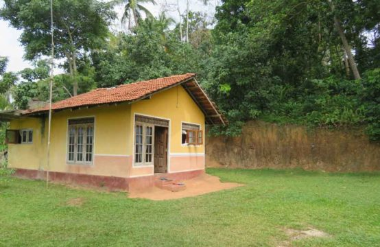 One bedroom house for sale in beautiful location