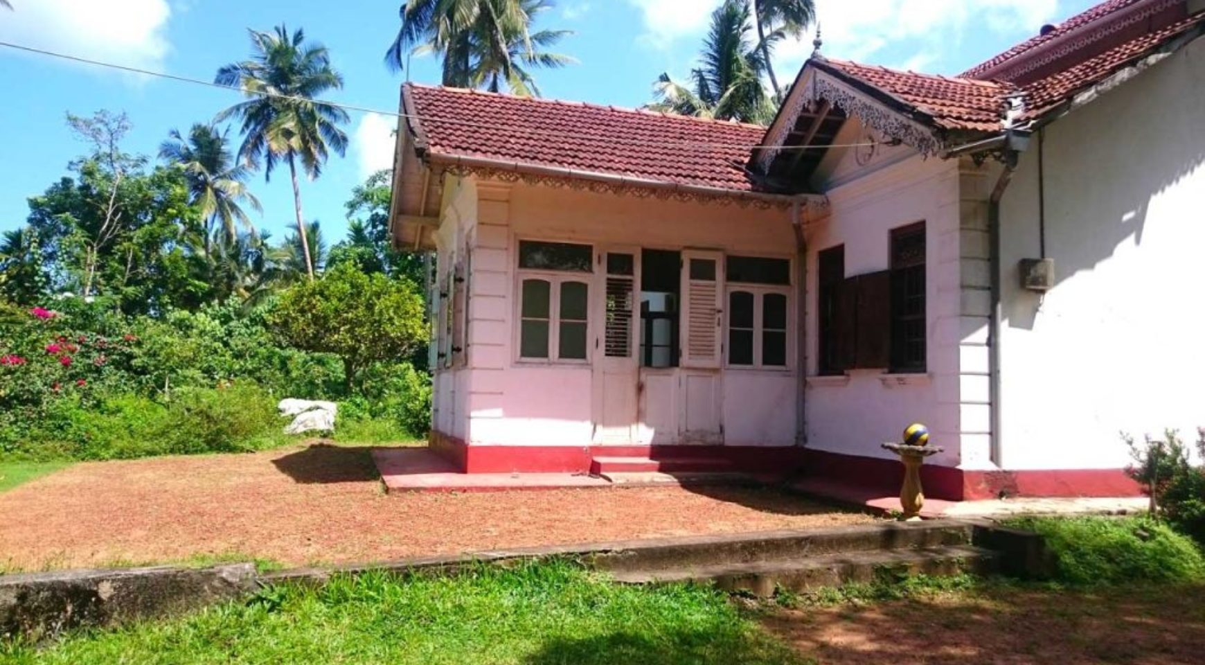 Modern Colonial Homes Beautiful Homes With Colonial Still Intact