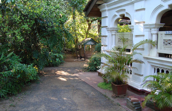 Colonial style house for sale closer to Matara town