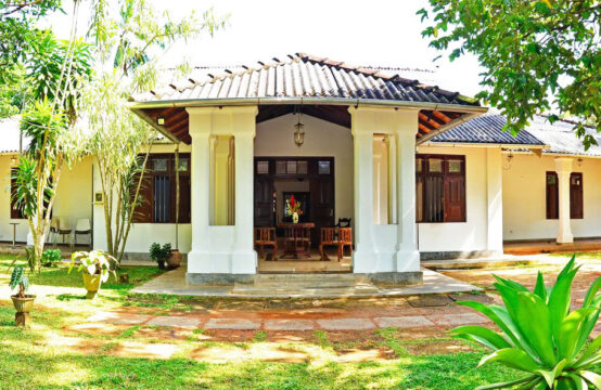 4 Bedroom family villa for rent