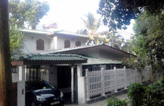 4 Bedroom house for sale near Hikkaduwa beach