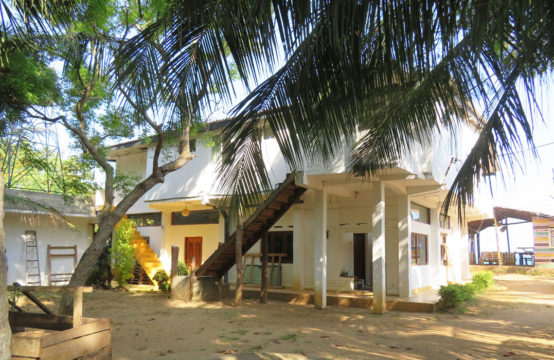 5 bedroom beach villa with ancillary cottage for sale