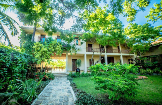 Exclusive 7 bedroom boutique hotel for sale &#8211&#x3B; 1.5 Acre