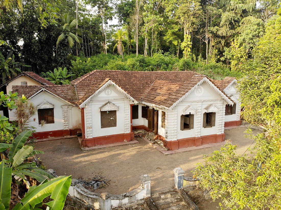 Colonial style house with paddy field view – 7 Bedrooms