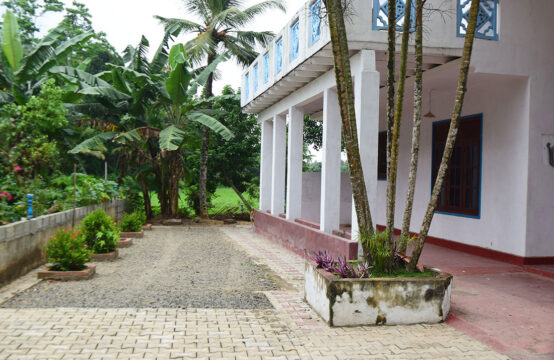 5 Bedroom house for sale close to Modara Beach