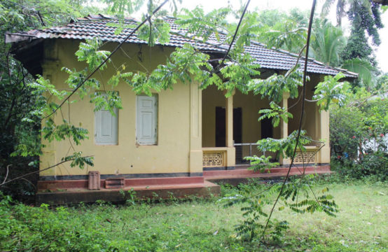 House for renovation close to Induruwa beach