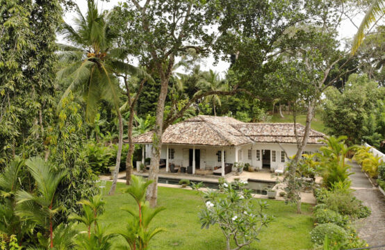 Contemporary Sri Lankan style villa for sale