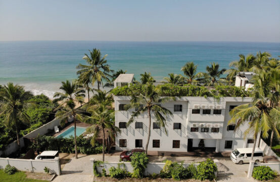 12 Bedroom beachfront hotel for sale