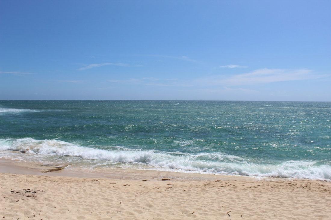 Beachfront land for sale in Kamburugamuwa