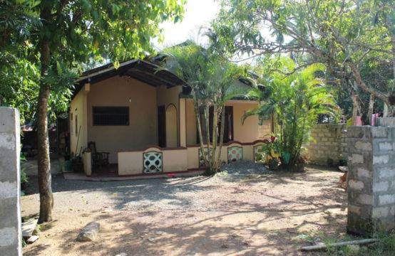 3 Bedroom house for sale in Beruwala