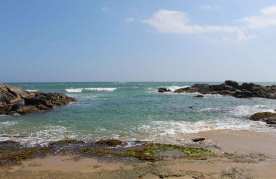 Land for sale on Rekawa beach