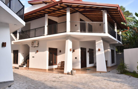 14 Bedroom hotel for sale