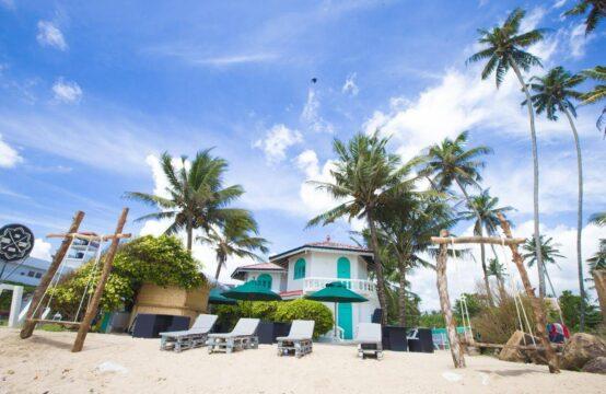 Beautiful hotel on stunning beach 20 Bedrooms