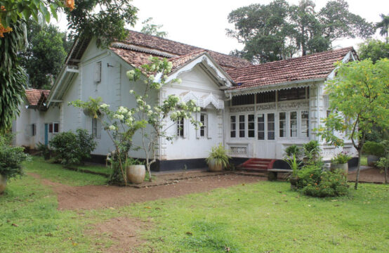 Colonial style house for sale